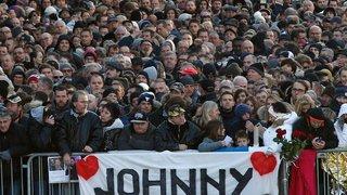 L'adieu aux larmes à Johnny Hallyday