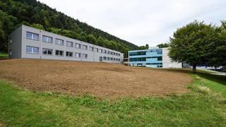 Cernier: le corps d'un jeune homme découvert près du collège de la Fontenelle