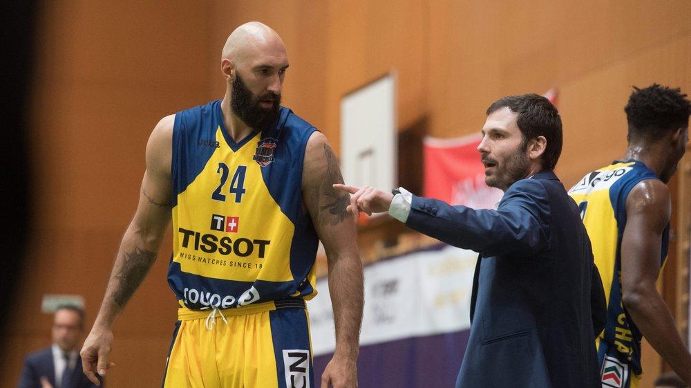 De forts liens unissaient Milovan Rakovic (à gauche) à l'ancien coach d'Union Vladimir Ruzicic (à droite). Le licenciement de ce dernier donne  des envies de départ à l'intérieur serbe, relate le nouvel entraîneur Niksa Bavcevic.