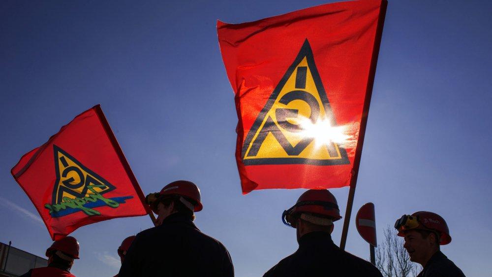 Le syndicat IG Metall exige une réduction du temps de travail  des salariés à 28 heures par semaine au lieu des 35 actuelles.
