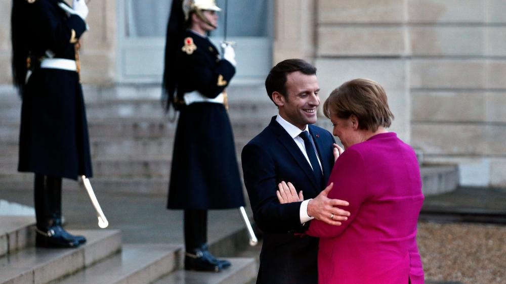 Emmanuel Macron et Angela Merkel à l'issue de leur réunion, hier à l'Elysée.