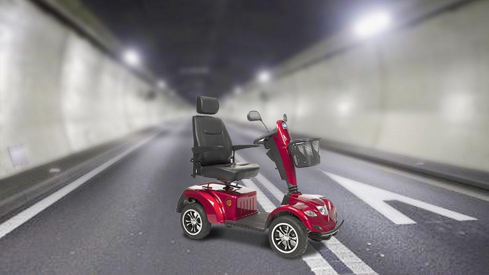 La personne a été interceptée dans le tunnel du Mont-Terri alors qu'elle circulait au volant d'un engin de ce type.