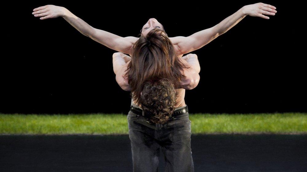 """""""Une femme au soleil"""", pièce chorégraphique de Perrine Valli, sera jouée le 14 février au Passage."""