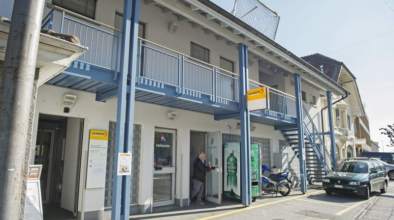 Moins de bureaux de poste, mais également moins d'impôts pour le canton de Neuchâtel
