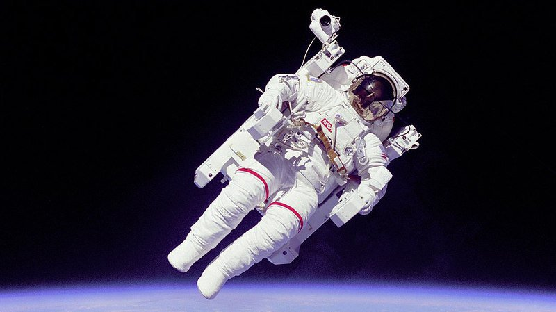 La photo de Bruce McCandless II avait fait le tour du monde.