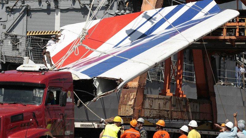 Crash du Rio-Paris: une expertise met en cause les pilotes et choque les familles