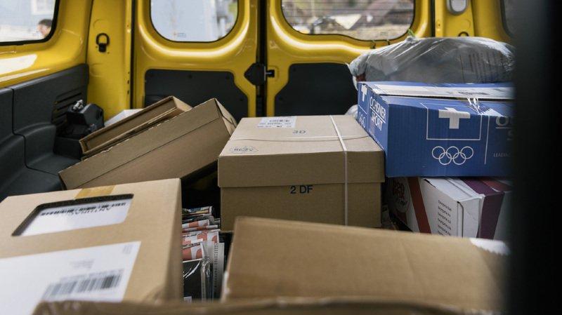 Père Noël: la Poste a distribué plus de 18 millions de paquets en décembre