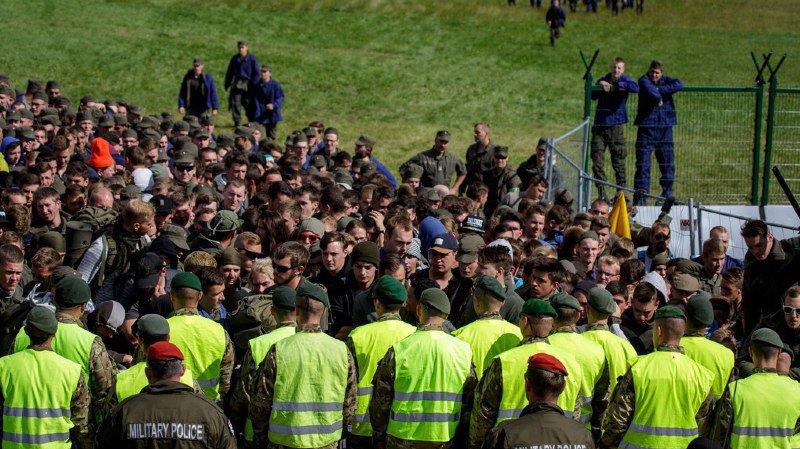 """Face à l'afflux de migrants, l'Autriche va créer une """"unité de protection des frontières"""""""