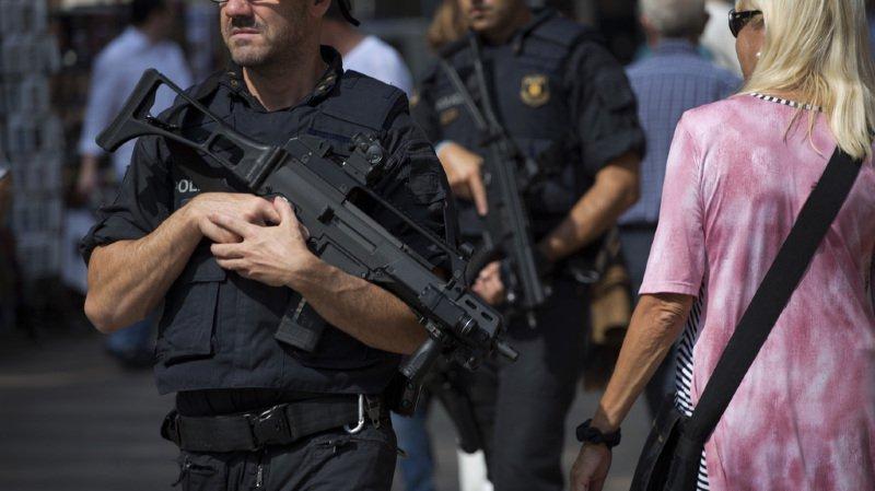 Espagne: les renforts policiers commencent à se retirer en Catalogne