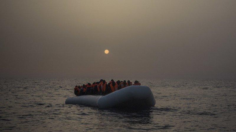 Italie: 264 migrants secourus par les gardes-côtes au large de la Calabre