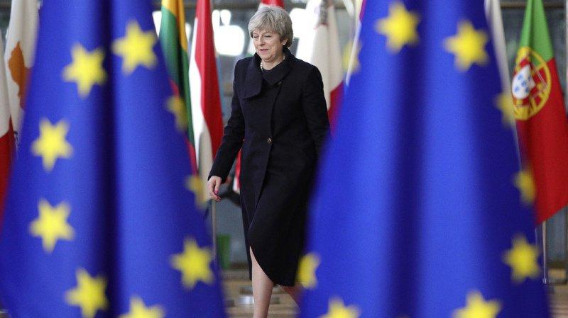 Brexit: plus de la moitié des Britanniques veulent rester dans l'Union européenne