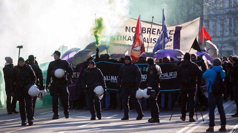 Autriche: plus de 20'000 personnes manifestent à Vienne contre la coalition droite/extrême droite au pouvoir