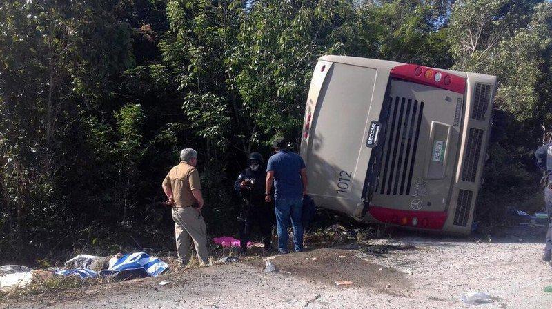 Mexique: 12 touristes meurent dans un accident de car