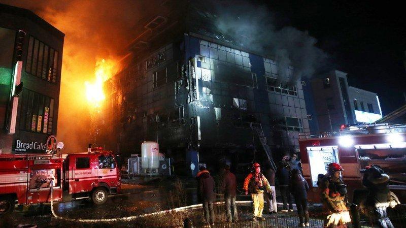 Corée du Sud: l'incendie d'un immeuble fait 29 morts