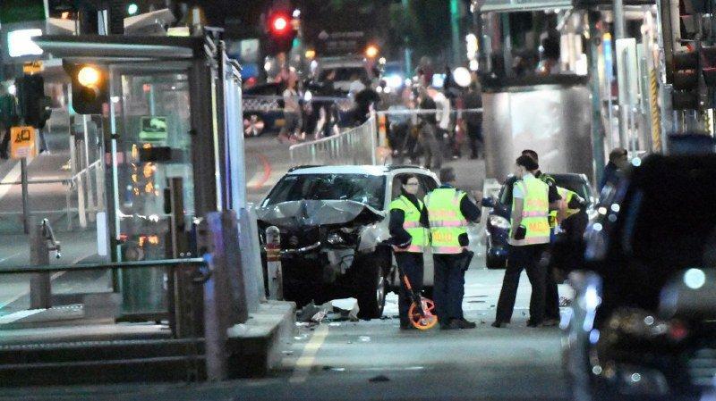 Voiture folle à Melbourne: pas de liens avec le terrorisme, 19 blessés, 2 arrestations