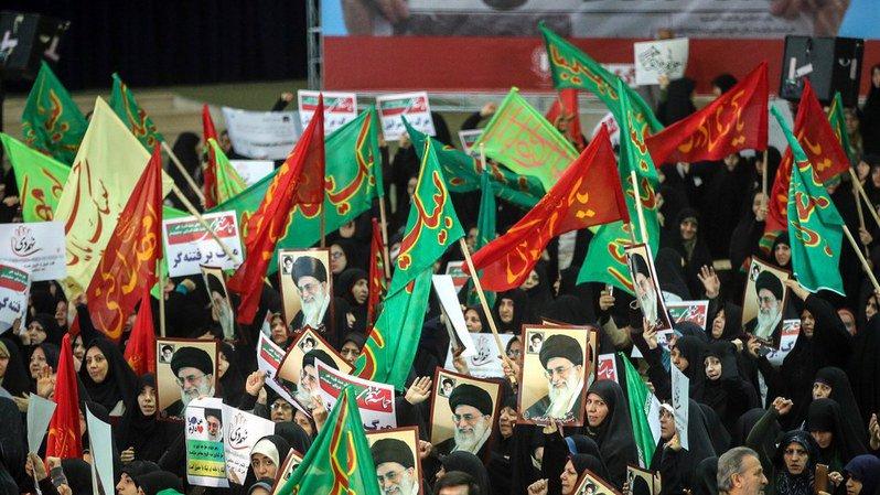 Iran: les manifestations pro et antigouvernementales se multiplient