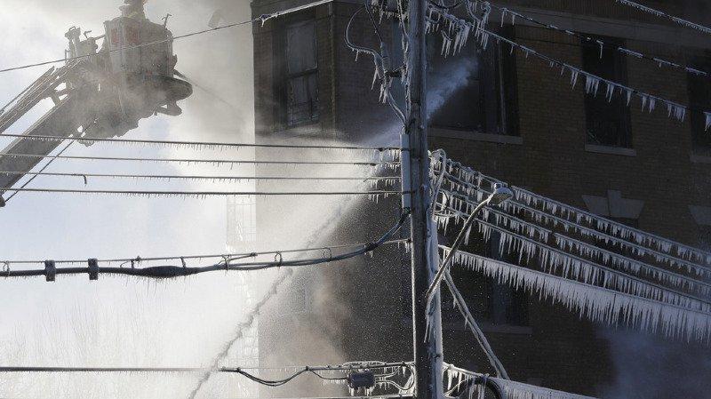 16 blessés dans un nouvel incendie dans le Bronx à New York