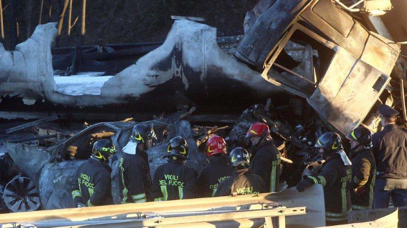 Italie: Six morts dans un accident entre une voiture française et un camion-citerne
