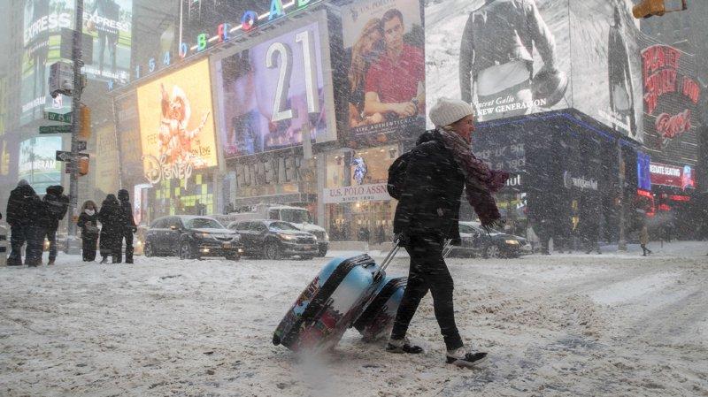 Etats-Unis: des milliers de vols annulés à cause de la tempête hivernale