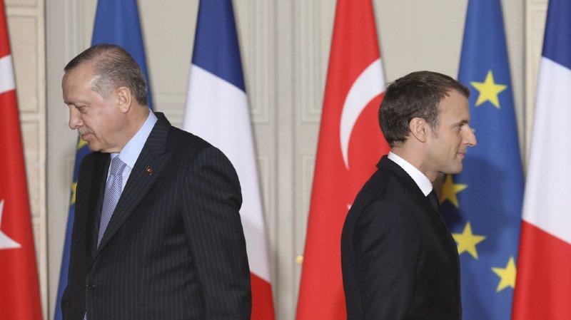 """Erdogan avoue que la Turquie est """"fatiguée"""" d'attendre une éventuelle adhésion à l'Union européenne."""