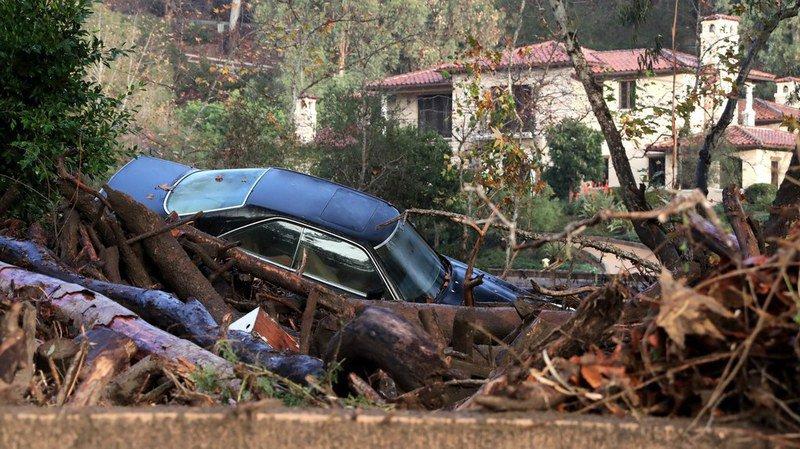 Au moins quinze morts dans des coulées de boue en Californie