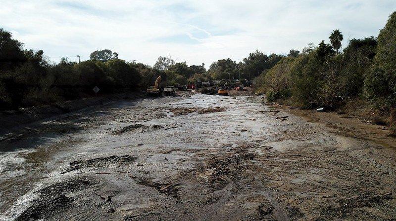 Les coulées de boue ont été déclenchées le 9 janvier par de fortes pluies sur les collines dénudées par les violents incendies du mois dernier.