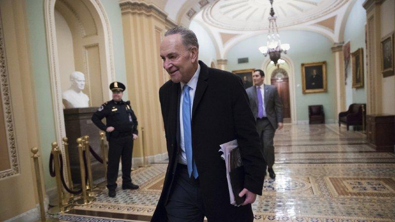 """Etats-Unis: l'administration peut à nouveau fonctionner, les démocrates mettent un terme au """"shutdown"""""""