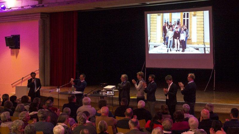 Le conseil communal de la nouvelle commune de la Grande Béroche a invité mercredi la population à une séance de présentation et d'information. Plus de 150 personnes y ont participé