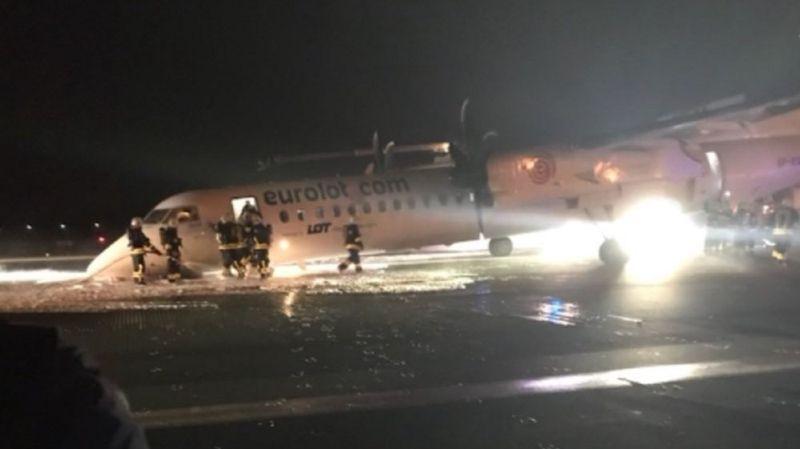 Varsovie: un avion fait un atterrissage d'urgence