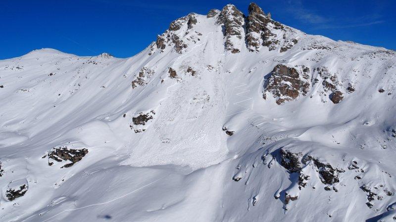 Valais: la Vaudoise de 29 ans emportée par une avalanche à St-Luc succombe à ses blessures
