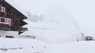 La vallée de Conches disparaît sous la neige