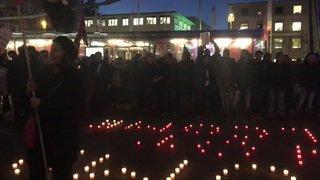 Quelque 250 personnes ont manifesté à Lausanne contre la venue de Trump à Davos