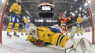 National League: Bienne écrase Davos, Lausanne perd et Fribourg défait Genève