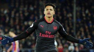 Football: Alexis Sanchez signe à Manchester United où il croise Henrikh Mkhitaryan qui part à Arsenal