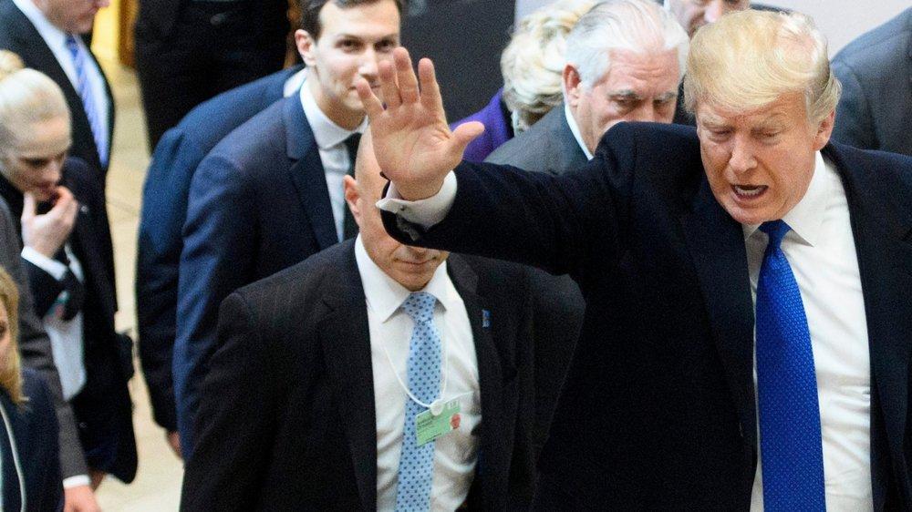 Hier, Donald Trump a fait une arrivée tonitruante et remarquée à Davos.