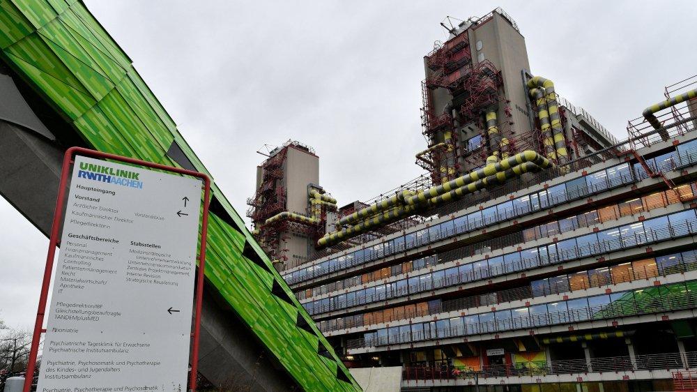 Pour une étude, des cobayes ont été soumis à des gaz d'échappement, dans un centre hospitalier  d'Aix-la-Chapelle.