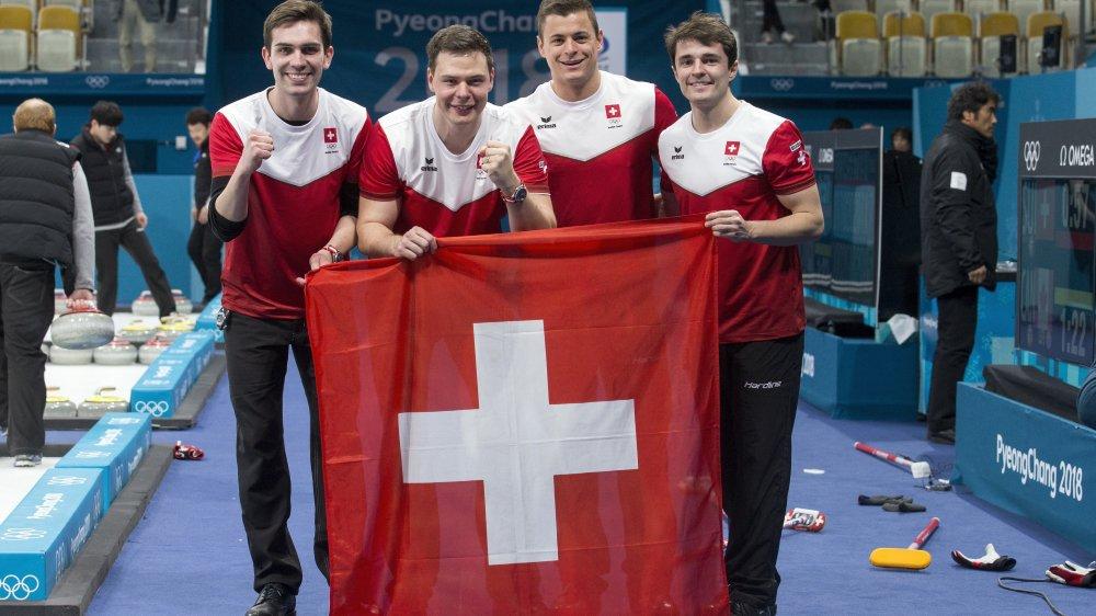 Peter de Cruz, Claudio Pätz, Valentin Tanner et Benoît Schwarz, des Genevois tout bronzés.