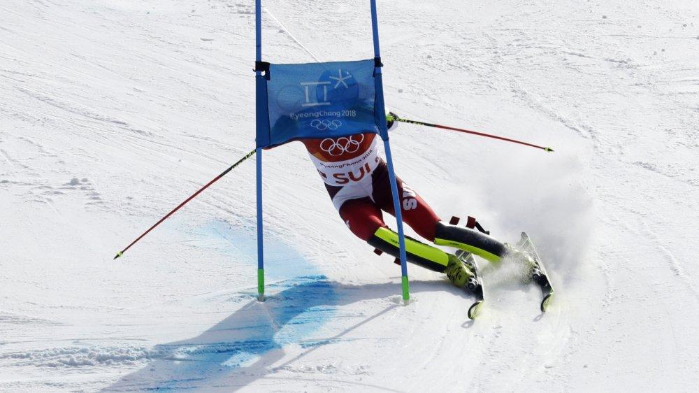 Boxant les portes avec énergie, Ramon Zenhäusern a conduit la Suisse à l'or au «Team Event».