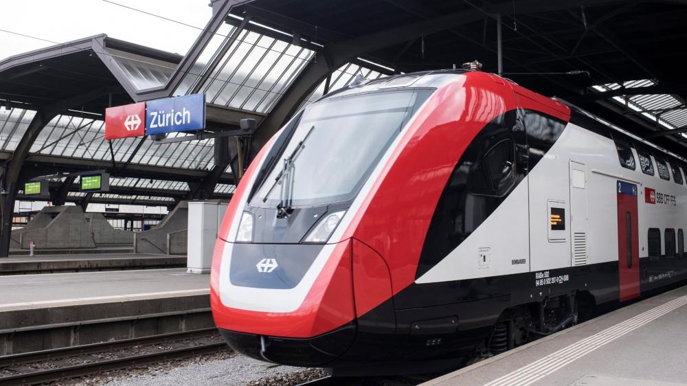 Le voyage inaugural des nouveaux trains «duplex» a eu lieu hier, entre Zurich et Berne.