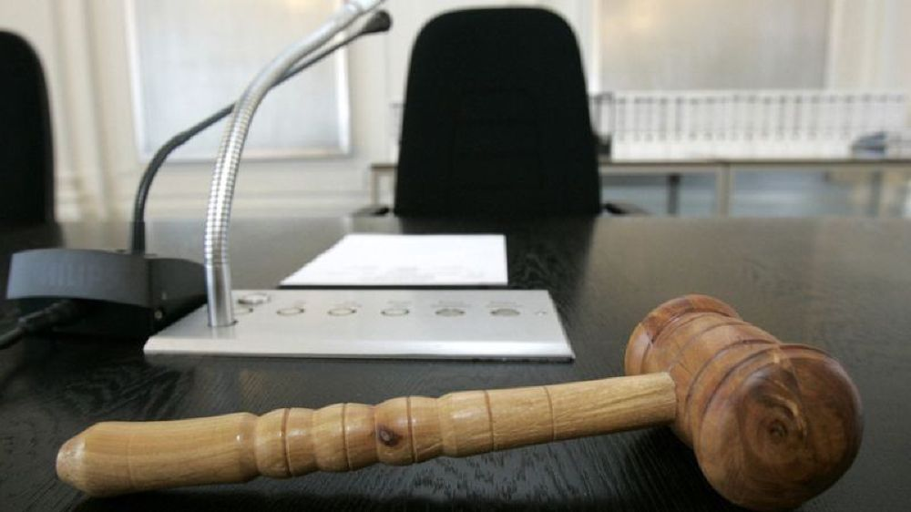 L'avocat comparaît une nouvelle fois pour la même affaire.