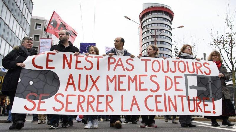 Grande manifestation dans les rues de Neuchâtel le 10 mars