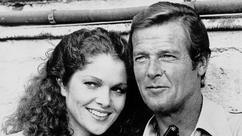 """Gilbert avait réalisé """"On ne vit que deux fois"""" (1967), """"L'espion qui m'aimait"""" (1977) et """"Moonraker"""" (1979)."""