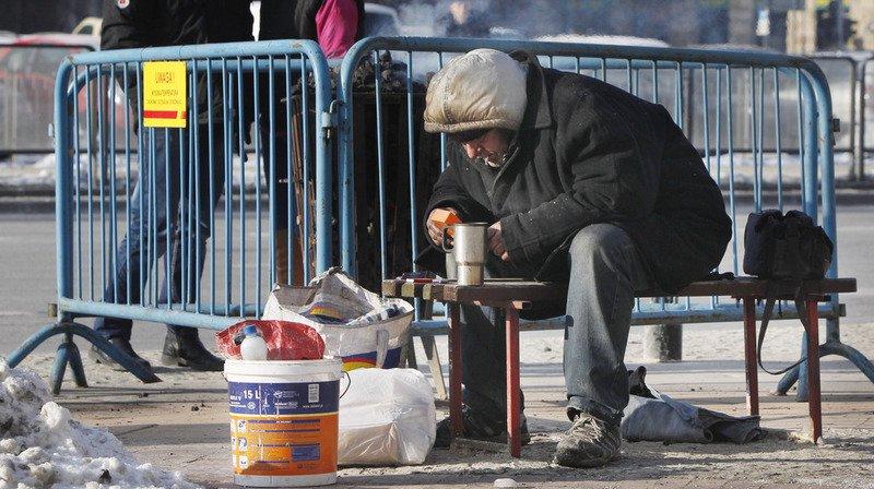 Les températures glaciales, qui devraient perdurer jusqu'à jeudi, affectaient principalement les sans-abri.