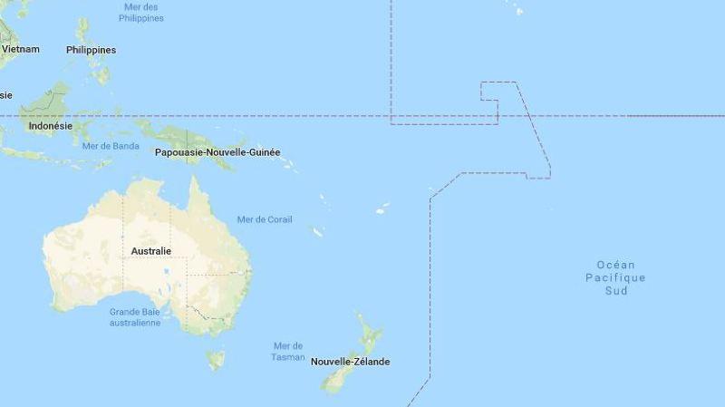Les Kiribati, un ensemble de 33 atolls et récifs peuplés d'environ 110'000 personnes, s'étendent sur environ 3460 kilomètres au nord-est des îles Fidji.