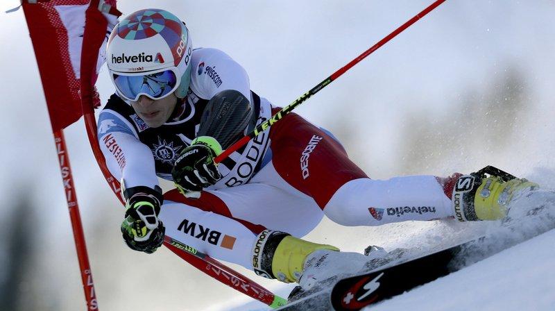 Champion du monde juniors du géant il y a deux ans à Sotchi, Marco Odermatt (20 ans) s'est imposé sur le fil pour devancer de 2 centièmes le Canadien Sam Mulligan et 3 centièmes le Bernois Lars Rösti.