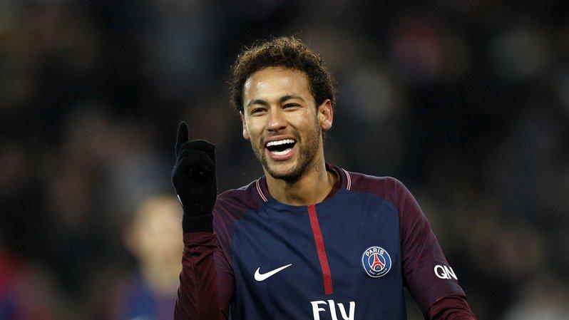 Football: le PSG dans le top 10 des plus hauts salaires, Neymar en tête avec plus de 3 millions d'euros par mois