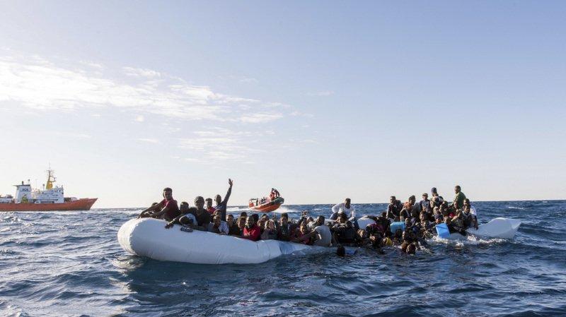 Libye: environ 90 migrants noyés après un naufrage en Méditerranée