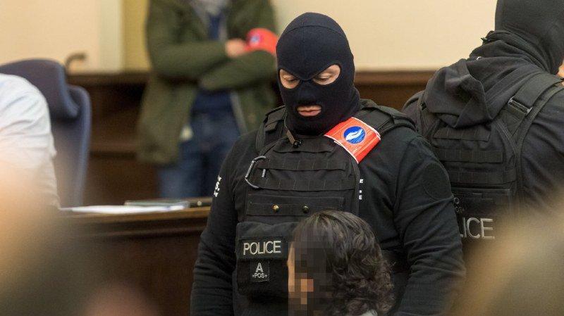 Attentat du 13 novembre: Salah Abdeslam garde le silence à son procès bruxellois