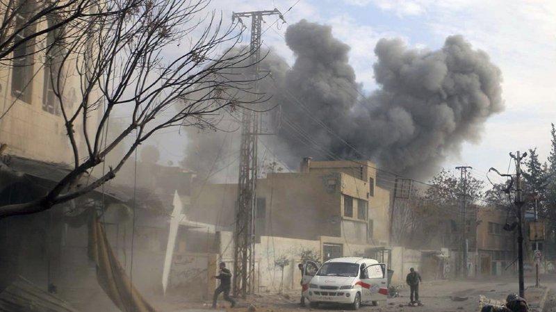 Syrie: plus de 200 civils tués depuis lundi dans des attaques aériennes et chimiques