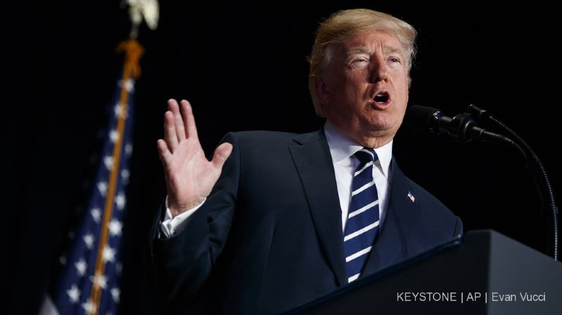 Etats-Unis: Trump rouvre la porte à la déclassification du mémo démocrate
